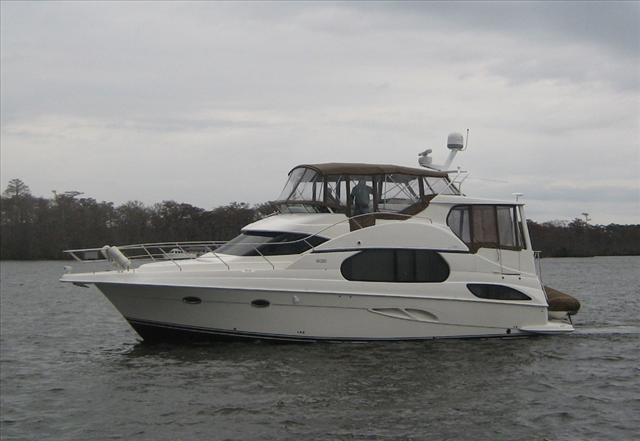 USED 2006 Silverton 43 Motor Yacht