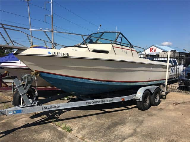 Used 1987 chaparral cuddy 224 metairie la for Used boat motors in louisiana